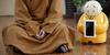 Kuil Tiongkok Sebarkan Ajaran Buddha Pakai Robot