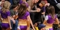 David Beckham dan Anaknya Kepergok Melirik Cheerleaders Seksi