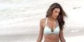 Super Hot! Alessandra Ambrosio Menggoda dengan Bikini