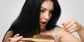 5 Langkah Mudah Bersihkan Sisir dari Rambut Rontok