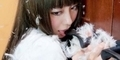 'Door Knob Girl' Trend Baru Pose Menjilati Gagang Pintu di Jepang