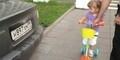 Baru Umur 2 tahun, Gadis Kecil ini Tau Semua Brand Mobil