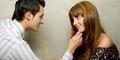 3 Cara Berlebihan yang Sering Dilakukan Wanita Demi Menaklukan Pria