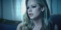 Avril Lavigne Bersama Suaminya Tampil Dramatis di Video Let Me Go