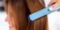 5 Bahaya Meluruskan Rambut
