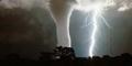 Video Angin Puting Beliung Terjang Denpasar Bali 11-12-13