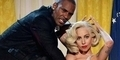 (Foto) Lady Gaga dan R Kelly Beradegan Intim di Video Do What U Want