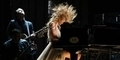 Taylor Swift Headbang di Grammy Awards 2014