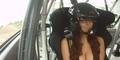 Hot! Wanita Topless Jajal Kekuatan Mobil Reli
