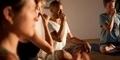 5 Pose Yoga untuk Terapi Berhenti Merokok