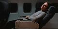 5 Tips Agar Bisa Tidur Nyenyak Di Pesawat