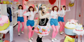 Avril Lavigne Tampil Cute di Video Klip Hello Kitty
