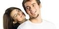 7 Sikap Wanita Yang Sedang Jatuh Cinta