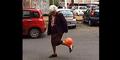 Seorang Nenek di Italia Jago Trik Sepak Bola