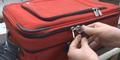 Video Cara Maling Membobol Koper di Bandara dengan Rapi