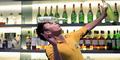 Video Aksi 'Bruce Lee' Jadi Bartender