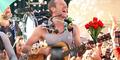 Coldplay Turun ke Jalan Bersama Penggemar di Video Klip 'A Sky Full of Stars'