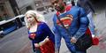 Pakai Kaos Superman Bikin Nilai Ujian Bagus