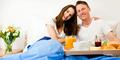 5 Alternatif Waktu Bercinta Selain Malam Hari