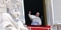 Paus Fransiskus Minta Maaf Kepada Korban Pelecehan Seksual Pastur