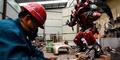 Petani China jadi Pembuat Transformers