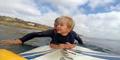 Video Aksi Surfing Bocah 2 Tahun
