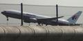 Video Pesawat Malaysia Airlines MH17 Terbakar di Udara