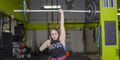 Atlet Wanita Krystal Cantu, Angkat Besi 95 Kg dengan Satu Tangan