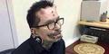 Rolf Buchhol, Pria dengan Tindik Terbanyak di Dunia Dilarang Masuk Dubai