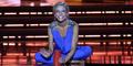Aksi Miss America 2015 Kara Kazantsev Main Drum Pakai Gelas Plastik