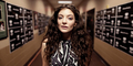 Lorde Rilis Soundtrack Hunger Games: Mockingjay Part 1, Yellow Flicker Beat