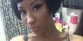 Unggah Foto Pamer Wig, Nicki Minaj Malah Pamer Payudara