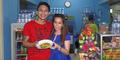 Jual Bubur Manado, Omzet Norman Kamaru Puluhan Juta Per Minggu