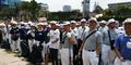Lautan Sampah Sisa Pesta Rakyat Jokowi Mulai Dibersihkan