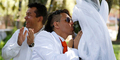 Aktor Peru Richard Torres Nikahi Pohon Dua Kali