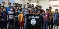 Beredar Video ISIS Latih Bocah Perang dan Rakit Senjata AK-47