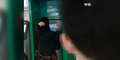 Bercermin Di ATM, Perempuan China Dibanting Pengunjung Mal