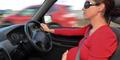 Ibu Melahirkan di Pinggir Jalan Usai Kecelakaan Mobil