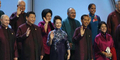 Kemeja Makan Malam Pimpinan APEC jadi Guyonan Mirip Seragam Star Trek