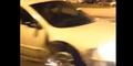 Video Aksi Wanita AS Kendarai Mobil Tanpa Ban Depan