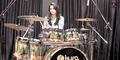 Aksi Rani Ramadhany Drummer Cantik Indonesia Dipuji Lady Gaga