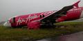 Beredar Foto Pesawat AirAsia Mendarat Darurat