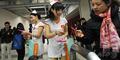 Suster Cantik China Bagi Kondom Gratis