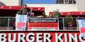 Bocah Kelaparan Pungut Makanan Sisa Dihajar Manajer Burger King
