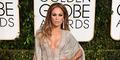 Jennifer Lopez Pamer Belahan Dada di Golden Globe 2015
