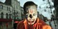 Pria ini Berhenti Kerja Demi Jadi Zombie Profesional