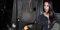 Tampil Seksi, Kim Kardashian Lupa Pakai Celana Dalam?