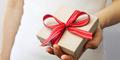 5 Hadiah Terlarang Saat Valentine
