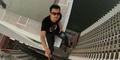 Arief Fandy Nekat Selfie 'Maut' di Gedung Pencakar Langit Jakarta