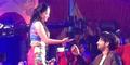 Dewi Perssik-Shaheer Sheikh Mesra di Bolly Star Vaganza